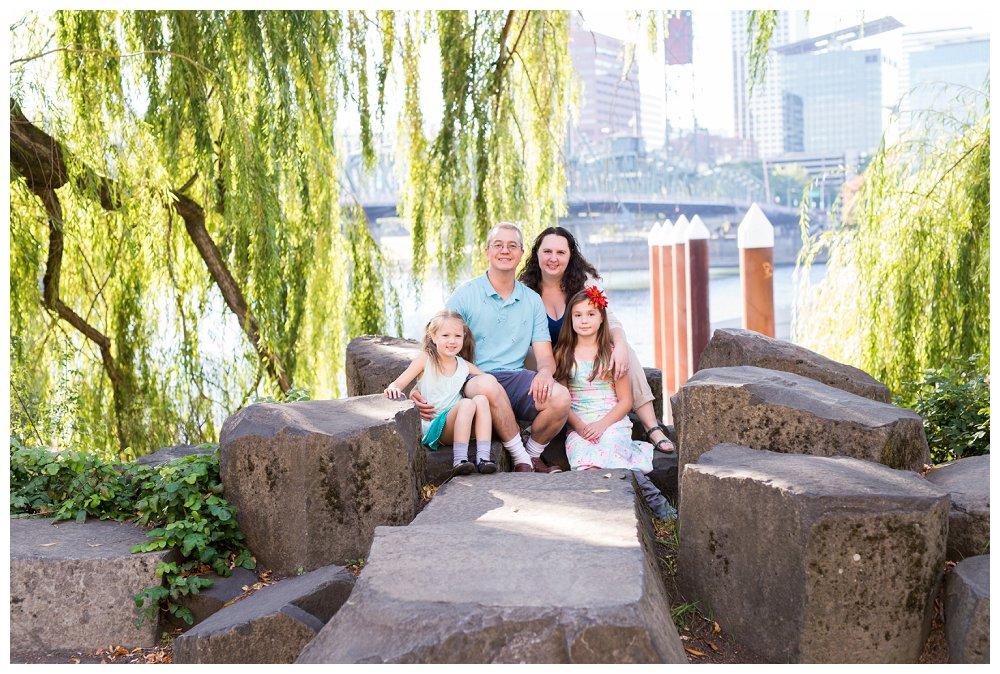 Portland Family Photographer Portland Family Tilikum Crossing_0003