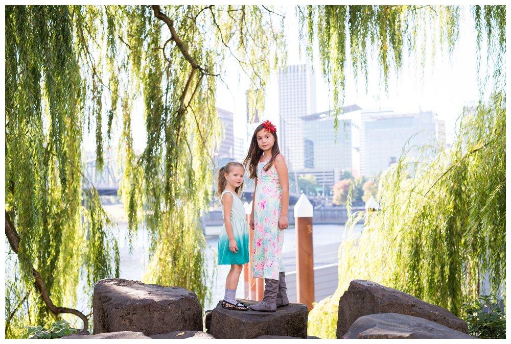 Portland Family Photographer Portland Family Tilikum Crossing_0004