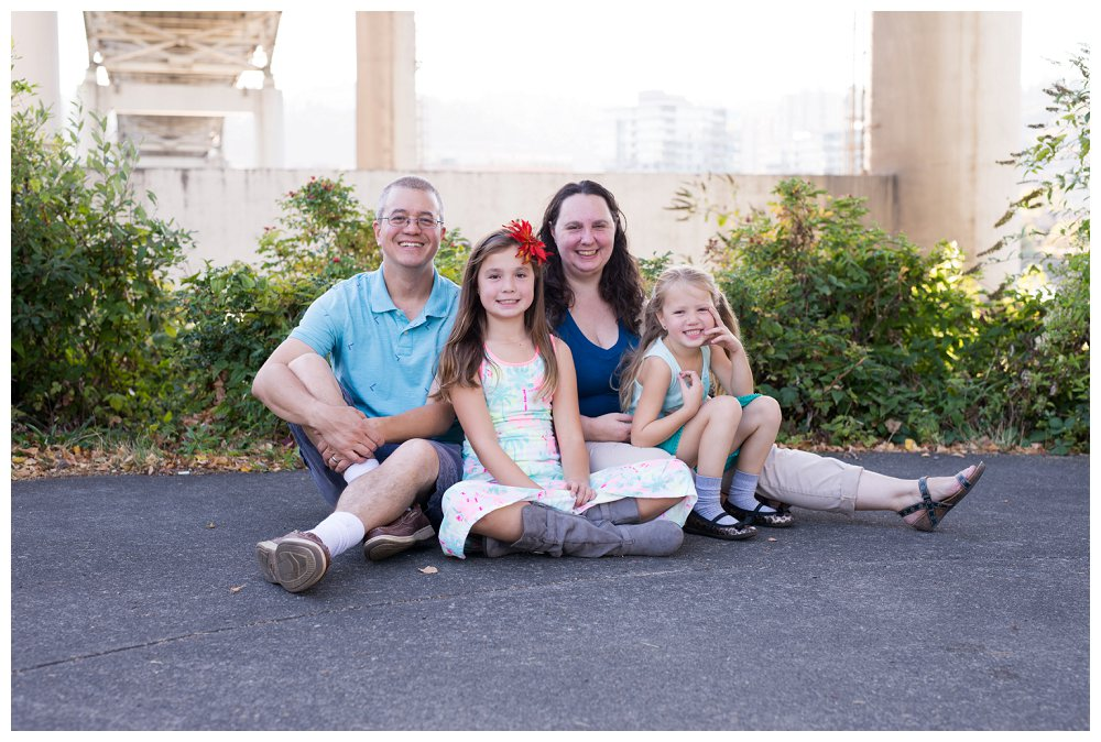 Portland Family Photographer Portland Family Tilikum Crossing_0014