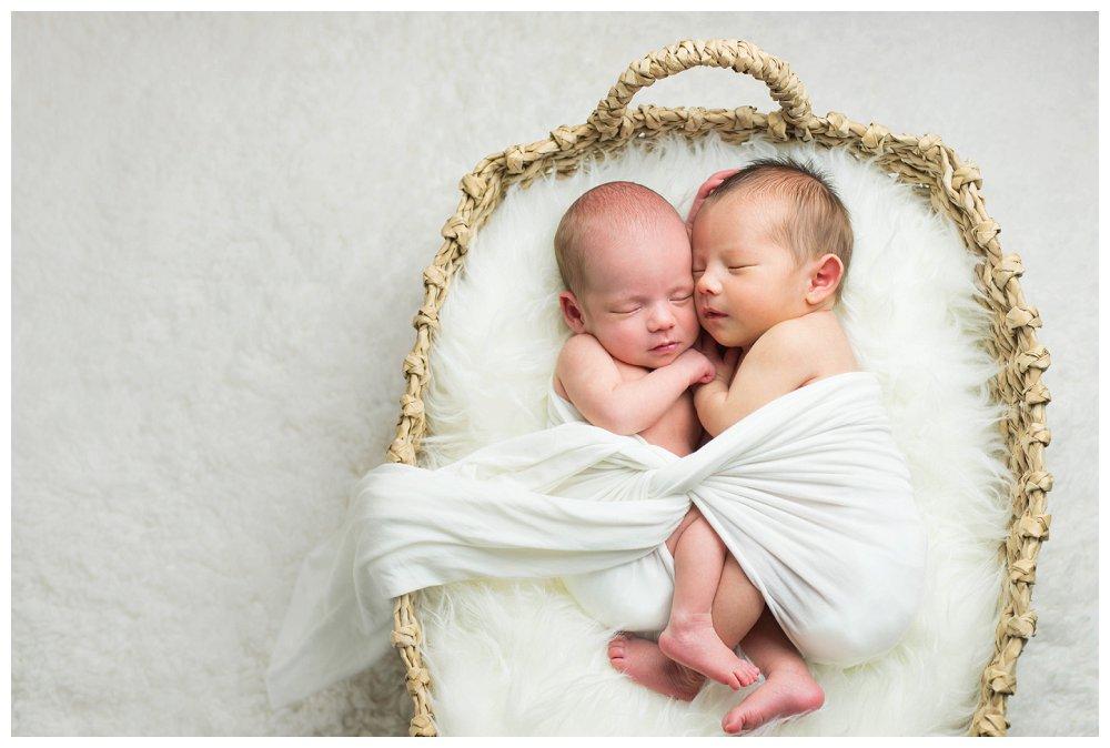 Hillsboro Tigard Newborn Twin Photographer Photography Portland_0001